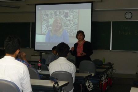 アルバータ大学による英語・文化研修プログラム紹介プレゼンテーションの様子