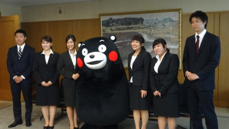 地域人材コース派遣留学生(右:熊本大学 法学部4年小柳卓人さん
